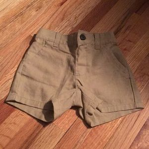 Gymboree khaki shorts